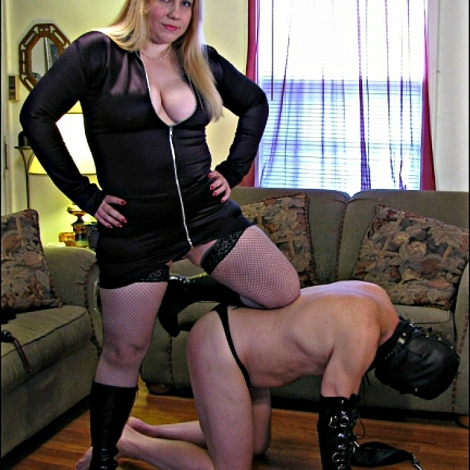 Mistress Eva Lordes