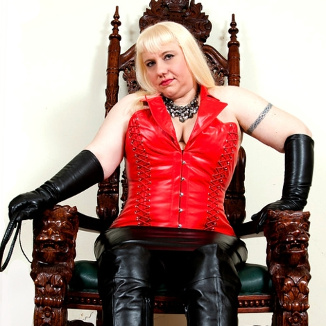 Mistress Eva Lordes
